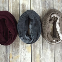 The infinity scarf with lace trim