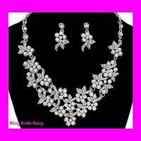 Designer Inspired Lovely White Pearl Bridal Wedding Necklace & Earring Set