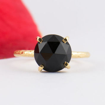 Black Onyx Ring - February Birthstone - Black Stacking Ring - Gold Ring - Round Ring - Prong Set Ring  - Size 3 4 5 6 7 8 9 10