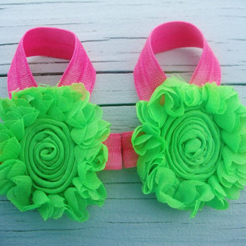 Baby Barefoot Sandals..Lime Daisy..Toddler Sandals..Newborn Sandals
