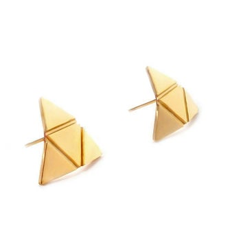 Curve Triangle Stud Earrings (Gold)