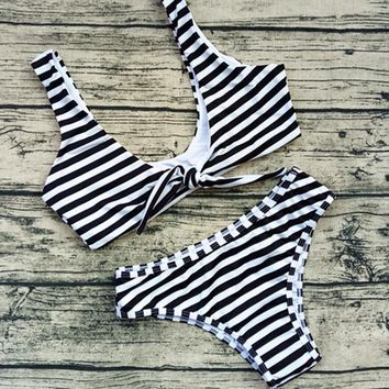 Sexy Pure Color Stripe Low Chest Knot Print Two Piece Bikini Swimsuit Bathing(6-Color) Black Stripe