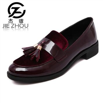 2017 New Arrive Retro tassel shoes female Round head Thick with shallow mouth Loafers Wine red patent leather Flats Women Shoes