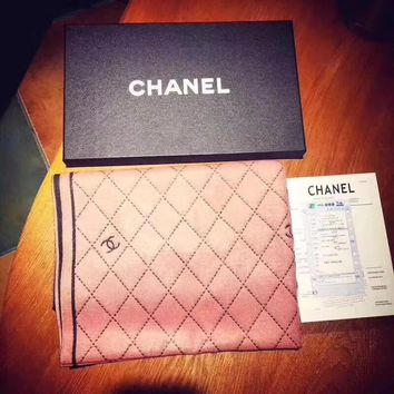 '' CHANEL '' Woman Accessories Pink/Black Reversible Cape Scarf Scarves