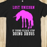 Lost Unicorn if found stop doing drugs tee t Shirt-Black T-Shirt