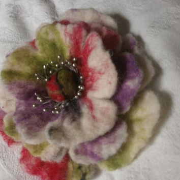 lt brooch flowerFelt jewelry, fes, multicolored felt flower,hand wet wool accessories hair clip,pin,scarf,dress,hat,bag,poppy,Christmas gift