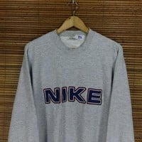NIKE Jumper Men/Women Large Gray Sportswear Vintage Nike Swoosh Spell Out Sweater Nike