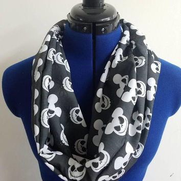 Nightmare  - before - Christmas  - mickey - mouse- jack - skellington  - sally - halloweentown  - disney - loop - scarf