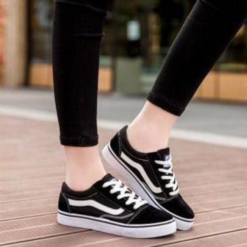 VANS Black And White Classic Fashion All-match Casual Canvas Straps Shoes Single Shoes Flats Shoes Plate Shoes Male Female Couple Shoes