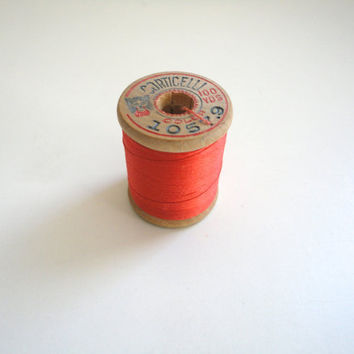 Vintage 1930's Corticelli Pure Silk Hand Sewing Embroidery Thread 100 Yd. Wooden Spool Shade 1057.9 Orange