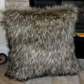 faux fur pillows wolf faux fur pillow fake fur pillow 16x16 decorative