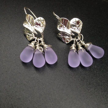Leaf Earrings Lavender Earrings Silver and lilac  Dangles Czech teardrops Minimalist Jewelry