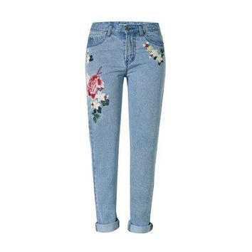LMFCI7 2017 Vintage flower embroidered high waist jeans woman blue pencil slim skinny designer jeans women denim pants plus size s131
