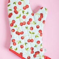 Reporting for Fruity Oven Mitt