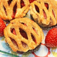"Mini Pie, Fresh Strawberry Pie - 1 dozen of 3"" mini pies"