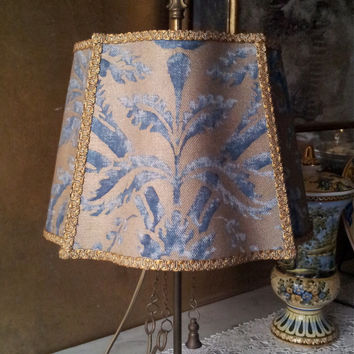 Vintage Italian Florentine Brass Table Lamp with Blue & Gold Fortuny Lampshade - Made in Italy