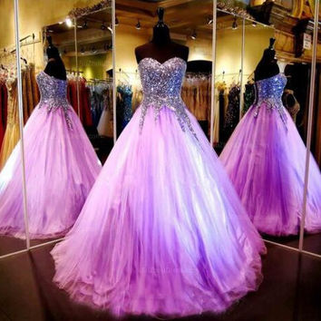 2016 Tulle Ball Gown Prom Dresses with Crystals Beaded Luxury bodice and Sweet Pageant Dresses Purple Prom Dresses