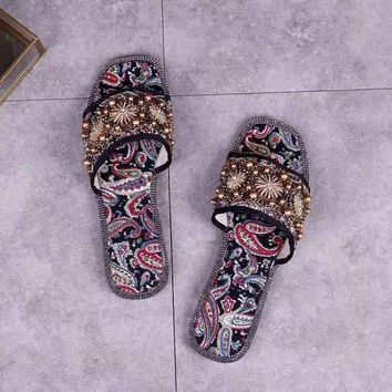Miu Miu Women Slippers Casual Breathable Outdoor Slippers Men Slides Flat Shoes