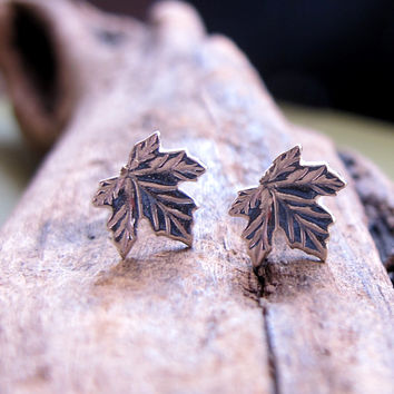 Maple Leaf Stud Earrings - Sterling Silver Studs - Elegant Post Earrings - Canadian jewelry / Minimalist Earrings Delicate Earrings Jewelry