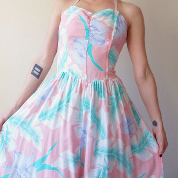 Sweetheart Pastel Hawaiian Tube Top Halter Party Dress 80's Pale Floral