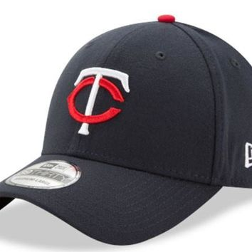 Men's Minnesota Twins New Era Navy MLB Team Classic Alternate 2 39Thirty Flex Fit Hat