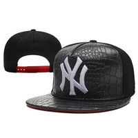 York Yankees Snapback Hats NY Baseball Caps Leather Brim Caps  Black Hats Team Sports Caps  Snapback Caps Popular Ball Cap
