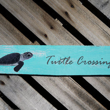 Hand Painted Baby Sea Turtle, Turtle Crossing, Reclaimed Wood Wall Art, Baby Sea Animal Art, Distressed Wood Wall Art, Distressed Wood Sign