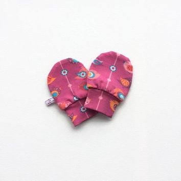 Soft baby mittens with birds. Pink scratch mitts, knit fabric. Baby Gift. Baby Girl Hand Covers. Shower gift. No scratch mitts