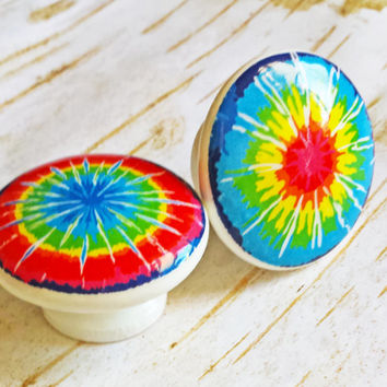 Tye Dye Knobs, Retro Birch Wood, Handmade Hippie Drawer Pulls, Fun and Colorful Tye Dye Flower Bursts, Rainbow Knobs, Made To Order