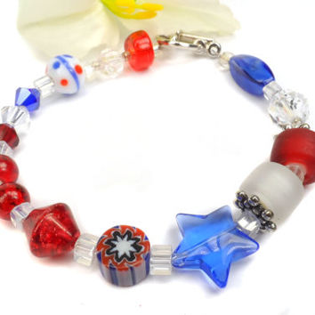 4th of July Bracelet. Each bead corresponds to Star Spangled Banner.