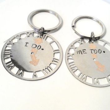 Wedding Gift Engraved Clock Keychain Bride Groom I Do Me Too Mr Mrs Just Married Personalized Couples Custom Accessory Wife Husband Metal
