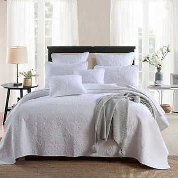King size White 3-Piece Quilt Bedspread Set 100-Percent Cotton Floral Medallion Pattern