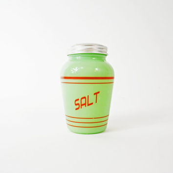 Jadeite Range Salt Shaker, Vintage Jadeite Shaker, Green Glass Jar, Pressed Glass Jar with Lid, Range Jadiete, Stove Top Shaker