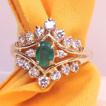 Vintage Emerald and Diamond Cluster Ring/ 14K Yellow Gold