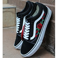 'Vans: Classic Canvas Leisure Shoes black