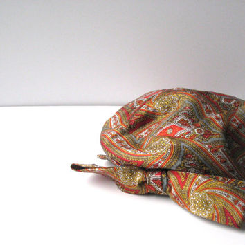 Vintage Hat Paisley Beret with Bow Orange Red, Betmar Hat, Joseph Magnin, Fall Autumn Colors