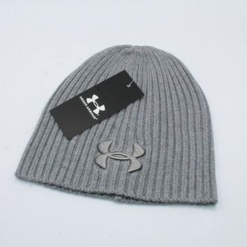 Under Armour Fashion knitted hat 040#