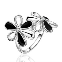 MLOVES Women's Classical Delicate Diamante Flowers Designed Ring