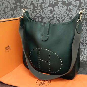 Rise-on HERMES Evelyne MM Fjord Leather GREEN Cross Body Bag Shoulder Bag #142