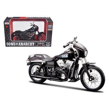 "Sons of Anarchy Alex ""Tig"" Trager's 2006 Harley Davidson FXDBI Dyan Street Bob Bike Motorcycle Model 1/12 by Maisto"