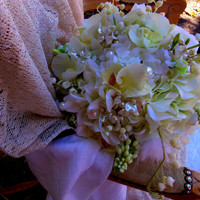 White Wedding Bouquet-Brooch Bouquet Alternative-Orchid Bridal Bouquet- White Pearl Hydrangea Beaded Flowers