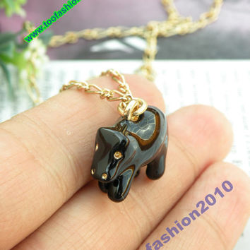 Pretty retro gold 3D black hippopotamus pendant necklace vintage style