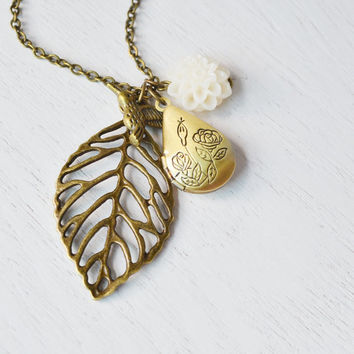 leaf locket,bridesmaid gift,hummingbird locket,long locket necklace,best friend locket,leaf jewelry,whimsical woodland locket,leaf pendant