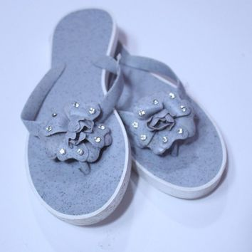 New women fashion flowers grey color jelly flip flop slippers sandals-size 6,9