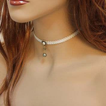 Dainty Pearl Choker, Thin Choker Necklace, Victorian Necklace, Pretty Jewelry