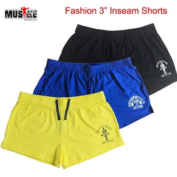 MUSCLE ALIVE Brand Clothing Bodybuilding Shorts Men Gold's Fitness Workout Casual Print Cotton short pants 5 Colors Sportswear