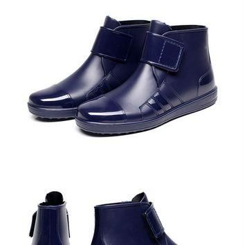 new Fashion hook rain boots for Men size 79
