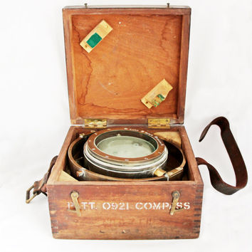 Original WW2 Naval Compass / Cased Gimballed Navy Compass