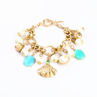 Sea Shell and Faux Pearls Pendant Bracelet