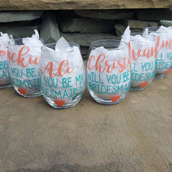 Bridesmaid Wine Glass, Bridesmaid Wine Glasses, Bridesmaid Gift, Maid Of Honor, Will You Be My Bridesmaid Wine Glass Gift,